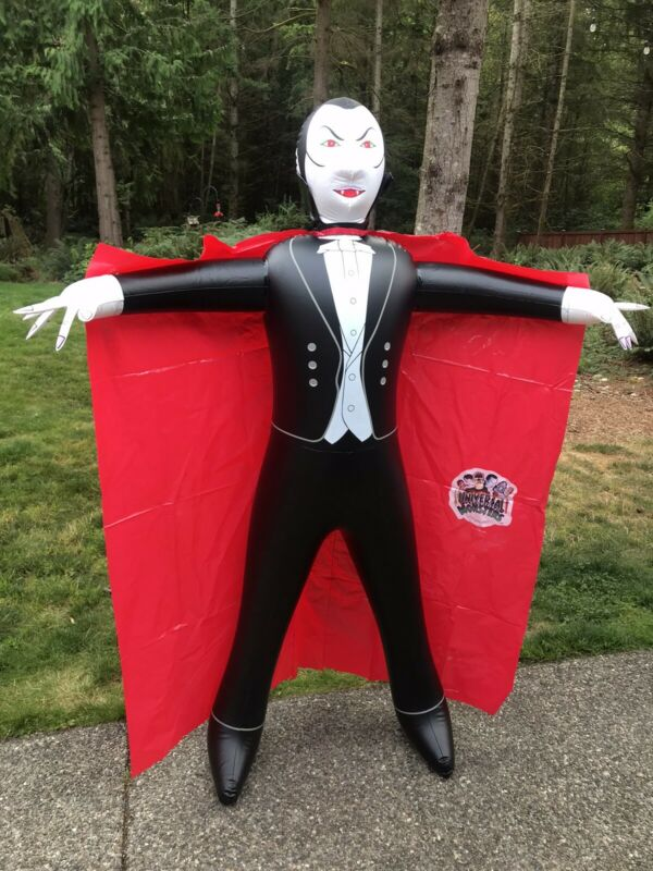 Vintage Promo Universal Studios Monsters Dracula Inflatable Halloween 6ft 1994