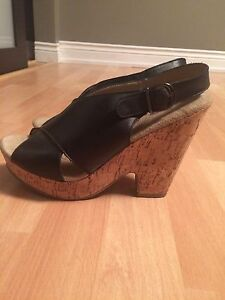 Size 8 woman's wedge shoes