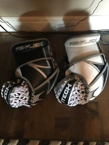 Itech Pro RX9 gloves, 1 New - 1 Broken in Goalie Gloves