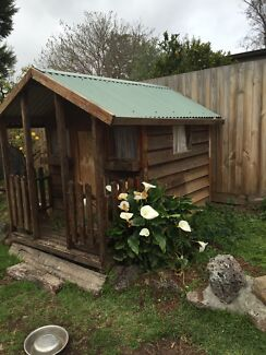 Cubby house South Morang Whittlesea Area Preview