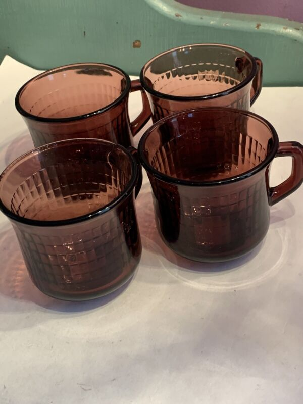 """MCM 4 Purple Amethyst Glass Mugs Made In Mexico - Excellent Condition 3"""" Tall"""