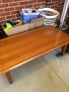 Coffee Table with 2 draws
