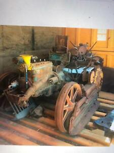 Fordson dozer has tracks good restorer Perth Perth City Area Preview