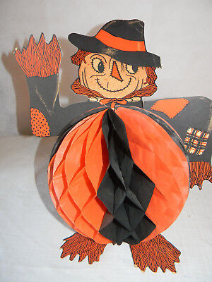 VINTAGE HALLOWEEN SCARECROW WITH PAPER MACHE DECORATION ](Halloween Decorations With Paper Mache)