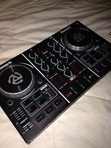 NUMARK PARTYMIX DJ CONTROLLER 2 CHANNEL Pakenham Cardinia Area Preview