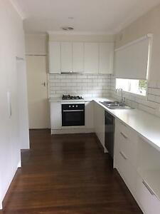 WHOLE KITCHEN - FLAT PACK WHITE - EXCELLENT CONDITION Balwyn North Boroondara Area Preview