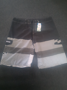 Mens Billabong boardshorts sz42 Kingston Kingborough Area Preview
