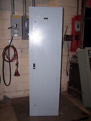 Cutler Hammer 400 Amp Main Lug Panelboard 480277 Vac 3ph 4w 42 Circuit Prl2a