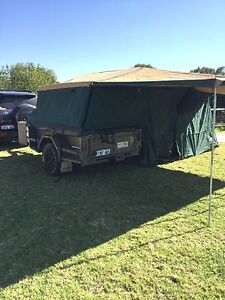 Red earth camper trailer Brookdale Armadale Area Preview