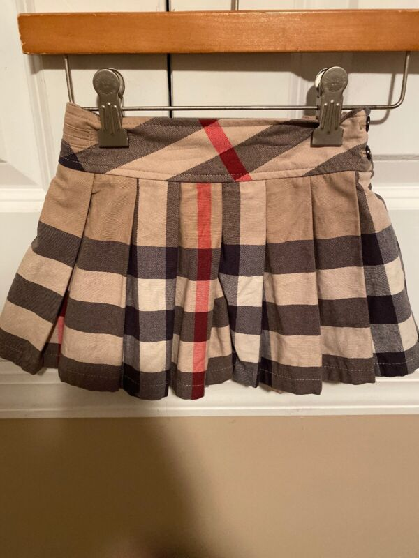 Burberry Girls Skirt In Check Print In Size 2Y/2T/2A