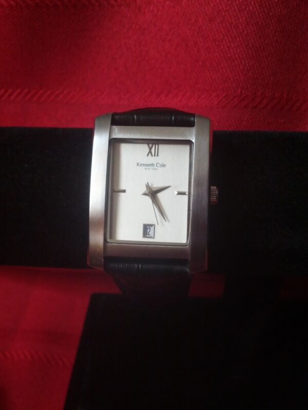 "Kenneth Cole ""KC-1104"" (White) 50M Watch w/ Date + New Leather Band"