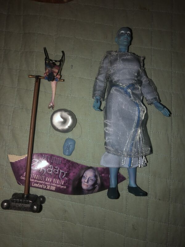 Toy Vault Farscape Series 1 Zhaan Spiritualist & Healer  Limited Edition Lose