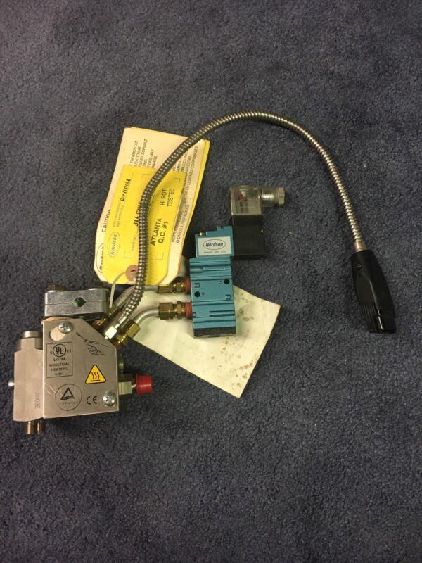 Nordson H442T, 326584D Hot Melt Glue Gun ** Unused !!! **