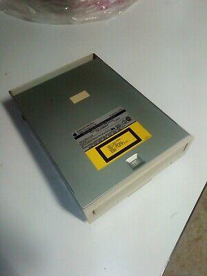 Lecteur de CD Apple Macintosh Power performa 630