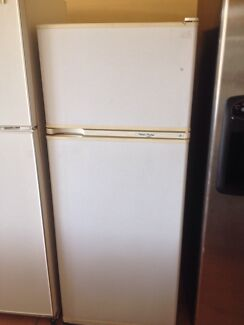 Fisher and Paykel 370L fridge  Thornbury Darebin Area Preview