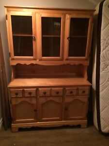 Bakers table / hutch $200 OBO