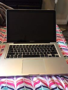 MacBook Pro 13 inch (2012) For Parts or Fix