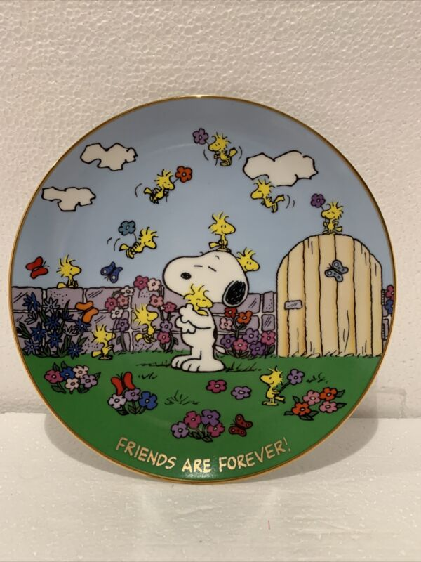 """PEANUTS Magical Moments """"FRIENDS ARE FOREVER!"""""""