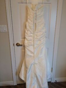 perfect condition wedding gown Kitchener / Waterloo Kitchener Area image 3