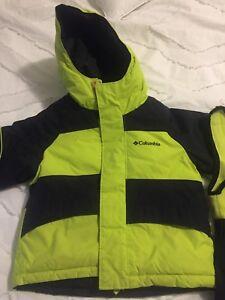 Reversible Columbia snow suit size 2