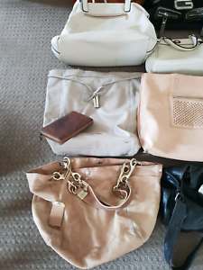 Handbag sale Maitland Maitland Area Preview