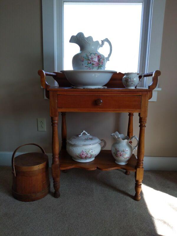 Antique Vintage VP Bonita Floral Pitcher & Bowl Vanity Wash Set