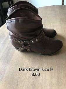 Brown size 9 woman's boots