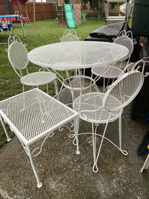 Vintage Mid Century Wrought Iron Indoor/Outdoor Table W/ 4 Chairs & Small Table