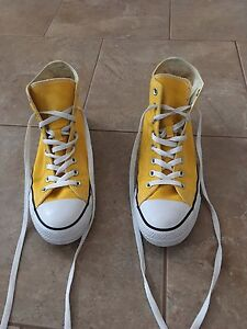 Real Converse Shoes Barely worn