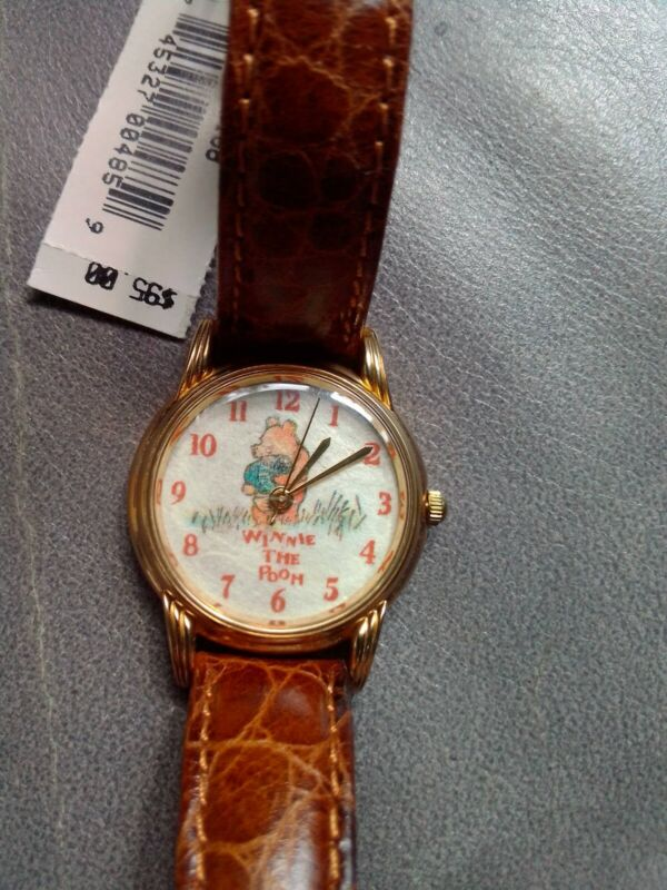 Disney WINNIE THE POOH Honey Pot Watch Limited Edition 421/5000 New