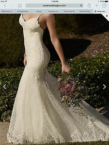 Essence of Australia D1934 Wedding dress
