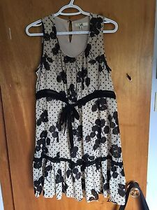 Ladies dress size medium