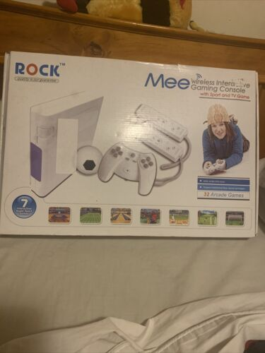 Computer Games - Rock Mee - Wireless Interactive Gaming Console. 32 Arcade Games