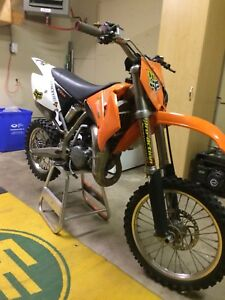 2005 ktm85sx first 2000$ takes it or trade for a sled