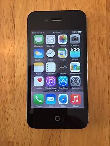 iPhone 4S (16GB) on Bell Network - Excellent Condition