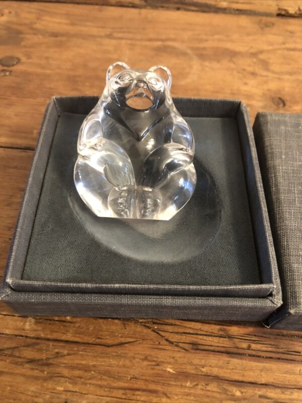 Stuben Glass Bear Paperweight  198-