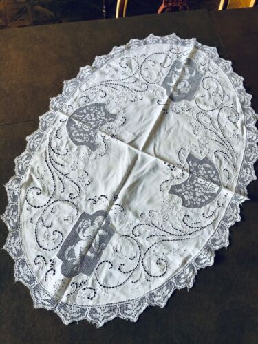Antique Oval Linen and Lace  Handmade Cloth