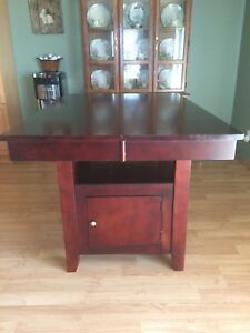 Solid wood kitchen table and 8 chairs