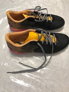 Women indoor soccer shoes size US 8.5