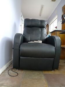 Electric lift Reclining Chair Padstow Bankstown Area Preview