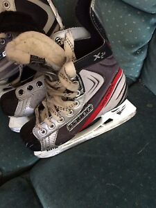 Size 1 and 1.5 kids skates