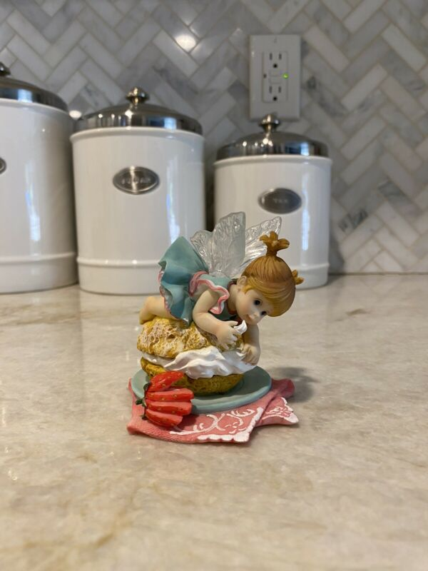little kitchen fairies enesco Cream Puff No Box