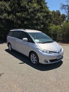 Toyota Tarago Hire