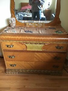 Antique bedroom set 4 items