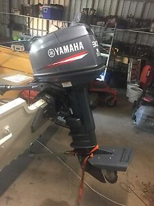 30 hp Yamaha outboard Emerald Central Highlands Preview