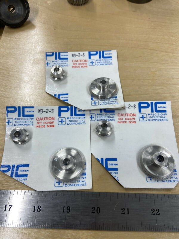 "PIC DESIGN STAINLESS 48 PITCH 30/60 TEETH 90 DEG MITER GEAR SET 2:1  1/4"" BORE"