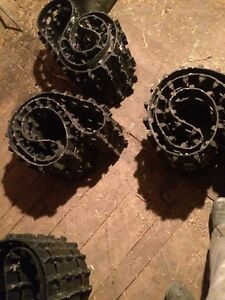 Tracks for trailer traction skidoo 120 inch