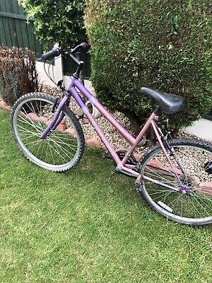 Fusion Universal ladies Pink Mountain bike