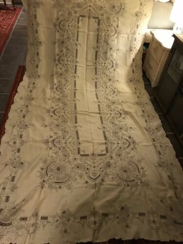 """Antique Madeira Elaborate Heavily Embroidered Cutwork Banquet Tablecloth 65""""X132"""