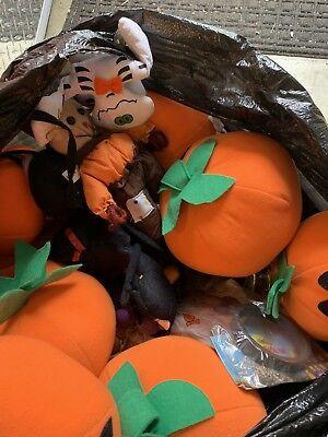 70+ Pieces Crane Claw Machine Plush Animal Prize Mix Toys Bulk Halloween Mix